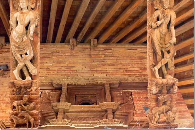 101110_P1020604_Nepal, Kathmandu, Basantapur Durbar Square, Figuren