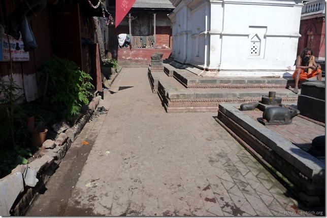 101111_P1020624_Nepal, Kathmandu, Pashupatinath Krematorium, Cannabis, Holy Man
