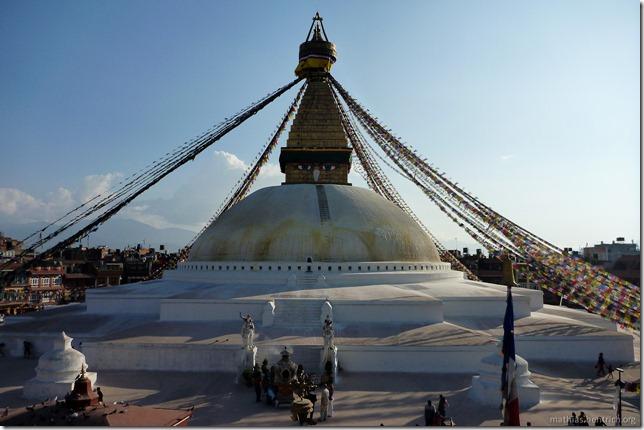 101111_P1020700_Nepal, Kathmandu, Boudhanath-Pagode, Außenansicht