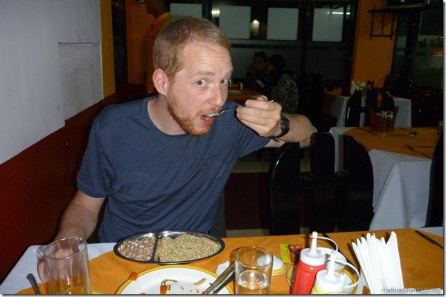 101111_P1020712_Nepal, Kathmandu, Thamel, Restaurant, Mathias isst Anis