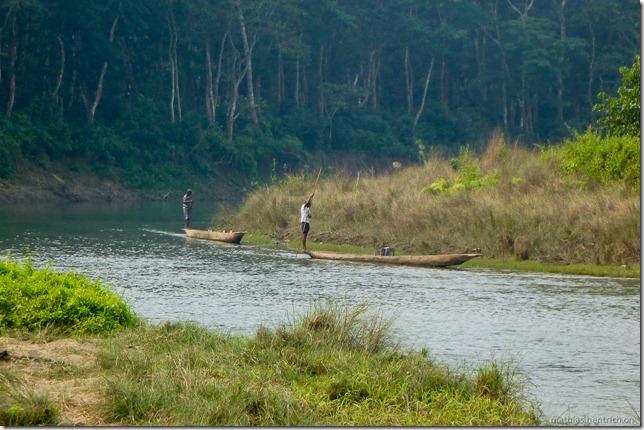 101113_P1020867_Nepal, Chitwan Nationalpark, Dschungel-Elefantensafari, Boote
