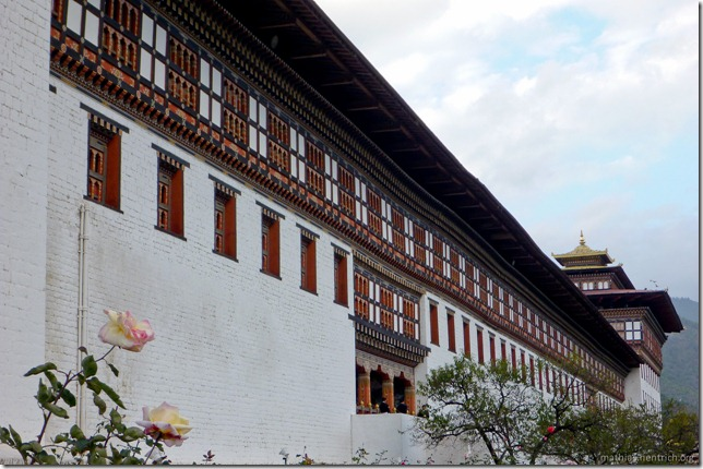 101119_P1030389_Bhutan, Thimphu, Trashi Chhoe Dzong, Außensansicht